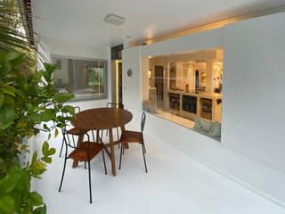 Rehabilitación de vivienda en Valsequillo Jardines de estilo moderno de Disens Arquitectos Moderno