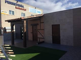 Exposición JARDIN & OUTDOOR D.ESCAYOLAS GUADALAJARA, S.A. Espacios comerciales de estilo moderno