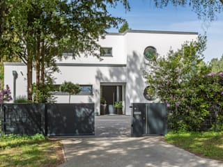 Nordzaun Jardines modernos: Ideas, imágenes y decoración Aluminio/Cinc Gris