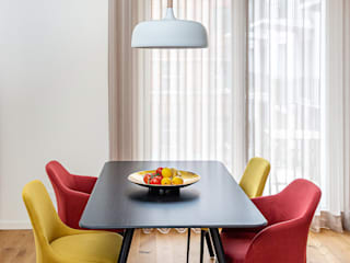 CONSCIOUS DESIGN - INTERIORS Modern dining room Wood Red
