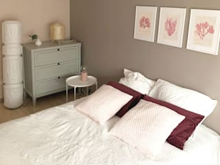 Scandinavian style bedroom by Sandrine Carré Scandinavian