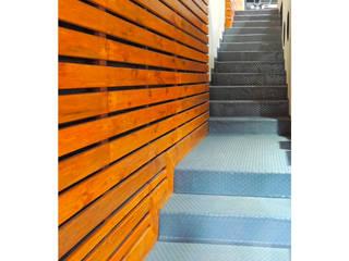 GIMNASIO LP Gimnasios domésticos minimalistas de DOOR arquitectos Minimalista