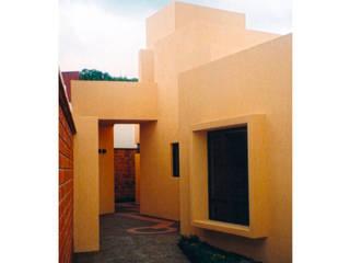 CASA ALVARADO Casas minimalistas de DOOR arquitectos Minimalista