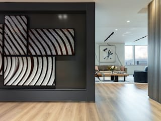 Modern offices & stores by In-between Architects Limited Modern