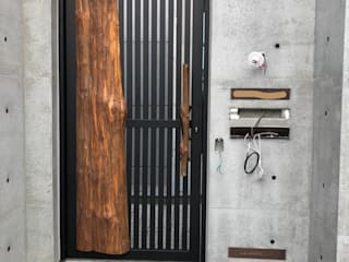 謝木木工作室 Windows & doors Doors Wood Wood effect