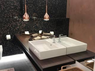 Gestaltung eines Gäste-WCs Ottagono+Rechsteiner Interior AG Moderne Badezimmer Braun