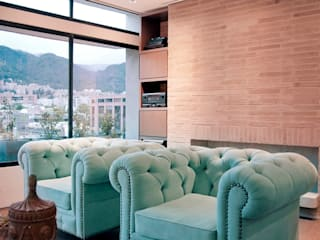 Arquitecto Santiago Rodriguez Ruang Keluarga Gaya Rustic