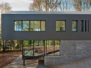 Einfamilienhaus in Sprimont - Fassadenplatten Cedral Deutschland Einfamilienhaus Schwarz