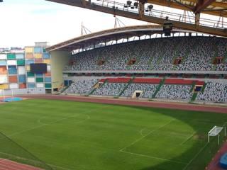 Estádio de Leiria Estádios modernos por Alves & Rasteiro Engenharia, Consultoria e Formação Moderno