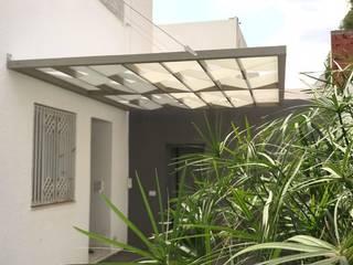 Pergolati in legno composito Sogimi spa Balcone, Veranda & TerrazzoAccessori & Decorazioni Legno composito Marrone
