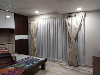 Independent 3bhk Classic style bedroom by JC INNOVATES Classic