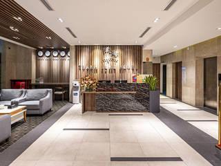 CÔNG TY THIẾT KẾ NHÀ ĐẸP SANG TRỌNG CEEB Salones de estilo moderno