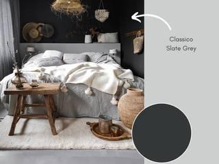 Slaapkamer geverf met Classico krijtverf in de kleur Slate Grey van Pure & Original: modern  door Pure & Original, Modern