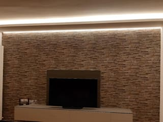 Ristrutturazione Soggiorno moderno di Di Gennaro Illuminazione e Impianti Elettrici Moderno