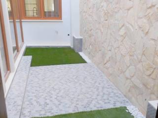 MENDIZABAL PB Balcones y terrazas de estilo mediterráneo de GESDICON SLU Mediterráneo