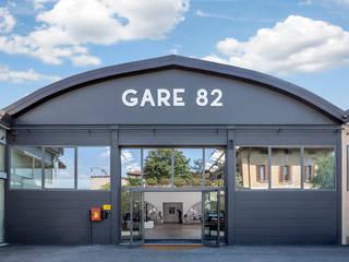 GARE 82 di Flussocreativo Design Studio Moderno