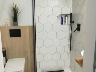 Interiores Casas de banho modernas por Isothermix Lda Moderno