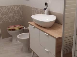 Dipingere le piastrelle del bagno con Autentico Chalk Paint Bagno moderno di Mobili a Colori Moderno