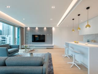An All-White Open Living Space - The Legend, Hong Kong Minimalist living room by Grande Interior Design Minimalist