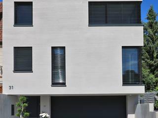 Neubau Einfamilienhaus Urbach von Kurz Architekten GmbH Modern