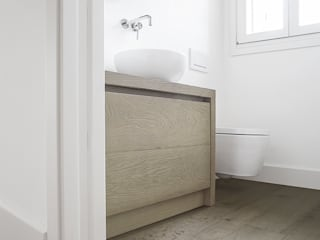 Listoni a 360° di Design - Cadorin Bagno moderno di Cadorin Group Srl - Italian craftsmanship Wood flooring and Coverings Moderno