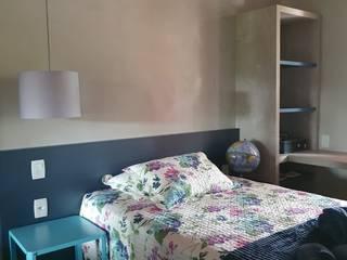 Studio Persia Interiores Modern style bedroom