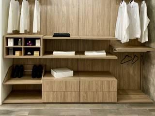 La Central Cocinas Integrales S.A de C.V Dressing roomStorage Wood effect