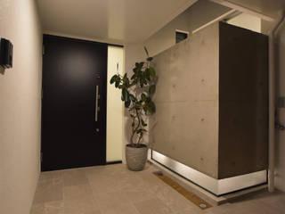 M-URASOE PJ.2020 Style Create モダンスタイルの 玄関&廊下&階段