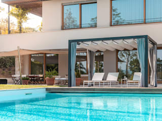 Modern pool by Unosider s.r.l. Modern
