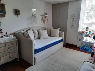 Cama tipo Banca de ACY Diseños & Muebles Moderno