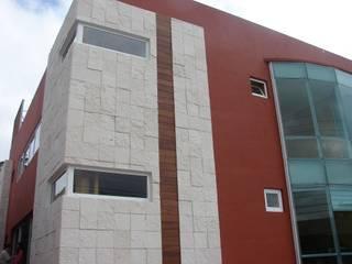 Clínica Medica Bosques en Toluca Estudios y despachos modernos de Arquitectura Progresiva Moderno