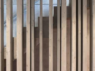 الممر الحديث، المدخل و الدرج من arcs architekten حداثي