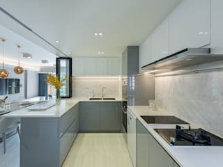 An Innovative Living Space - Parc Royale, Hong Kong Modern kitchen by Grande Interior Design Modern