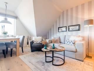Weiße Schlossdielen von Traumboden24 Skandinavisch