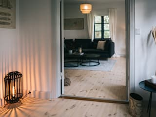 Ferienhaus in Dänemark Geertz Raumkonzepte Flur, Diele & TreppenhausBeleuchtungen