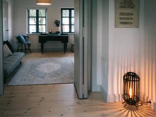 Ferienhaus in Dänemark Geertz Raumkonzepte Flur, Diele & TreppenhausAccessoires und Dekoration
