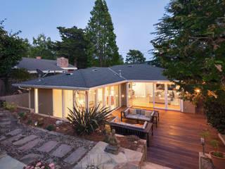Holz Terrassendielen Remise Modern style balcony, porch & terrace