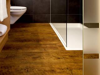 モダンスタイルの お風呂 の PROJECT FLOORS GmbH モダン