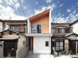 向日市の家/house of muko city モダンな 家 の STUDIO RAKKORA ARCHITECTS モダン