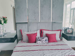 MN DESIGN CO. recently completed model apartments ar Kiara Residency , Sushant Golf city for the Kirloskar group. The 2 apartments were designed by our designer Garima Agarwal and furniture was meticulously manufactured at our workshop. Modern style bedroom by MN Design co. Modern
