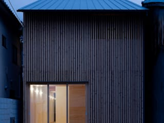 東福寺の家/house of tofukuji モダンな 家 の STUDIO RAKKORA ARCHITECTS モダン