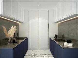 por Singapore Carpentry Interior Design Pte Ltd Clássico