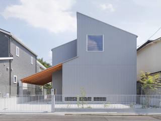 長岡京の家/house of nagaokakyo モダンな 家 の STUDIO RAKKORA ARCHITECTS モダン