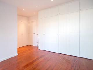 Grupo Inventia Cuartos de estilo moderno Concreto Blanco