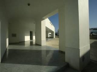 Balcão da Instituição de Crédito Agrícola de Vidigueira Espaços comerciais mediterrânicos por Jorge Cruz Pinto + Cristina Mantas, Arquitectos Mediterrânico