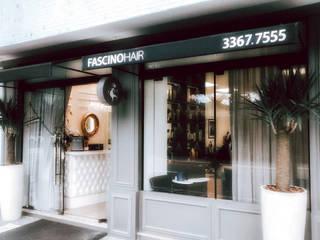 クラシカルな商業空間 の STACH BORDIGNON ARQUITETURA クラシック