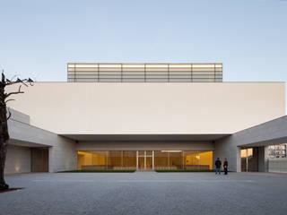 Vítor Leal Barros Architecture Minimalist house