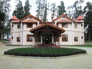 Finger Post house,Ooty by Benny Kuriakose Colonial