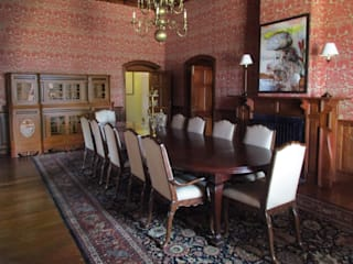 Finger Post house,Ooty Colonial style dining room by Benny Kuriakose Colonial