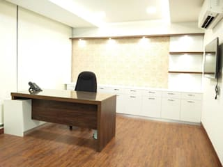 YCDC (DR. YOGIRAJ CENTER FOR DERMATOLOGY & COSMETOLOGY) Hospital: asian  by Sunrise Interiors,Asian